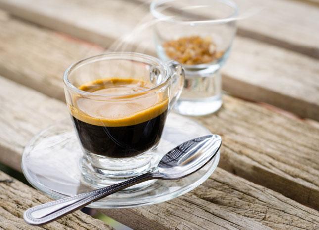 Kidobni tilos! Mire jó a kávézacc? - HáziPatika