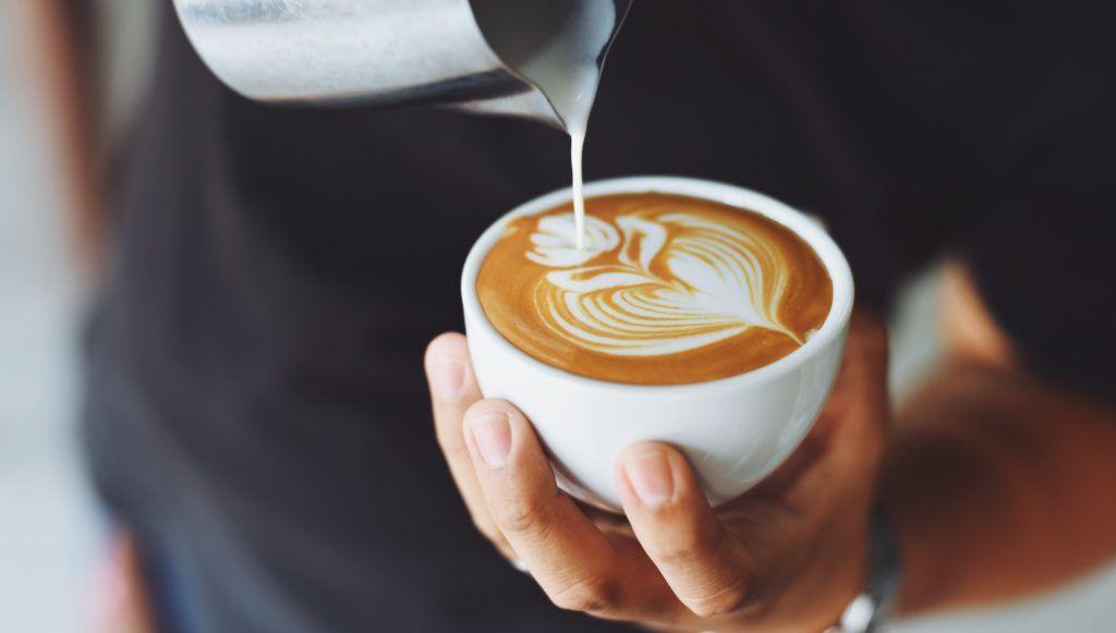 segít- e a kávé a zsírégetésben?