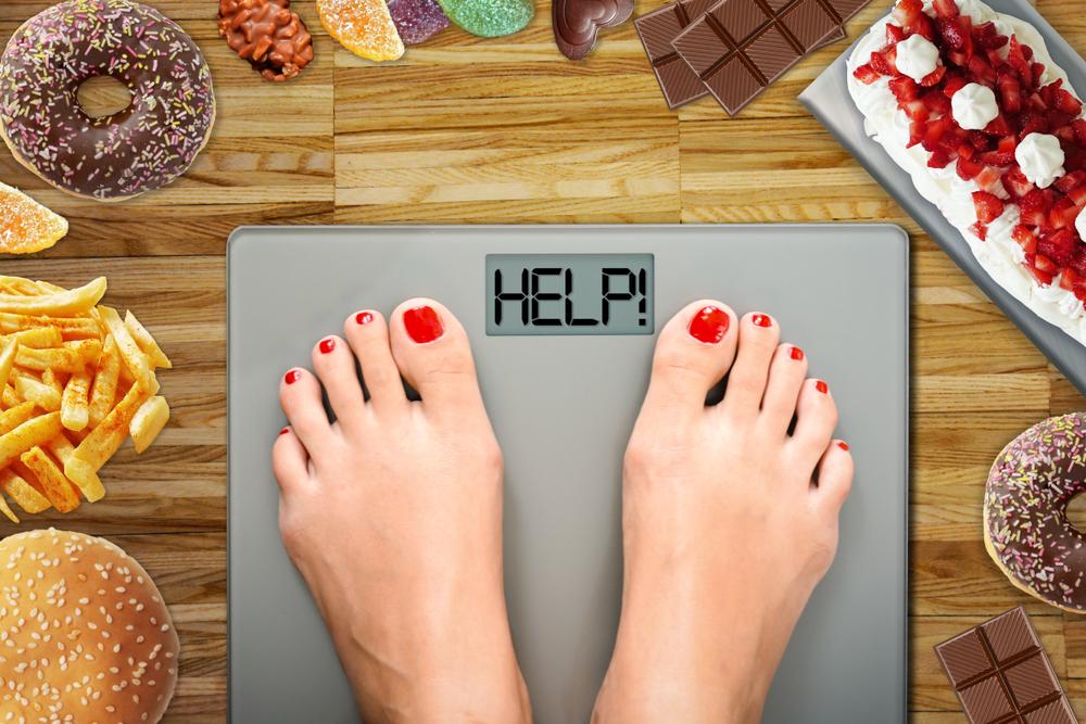 kevesebbet eszik, hogy lefogyjon)