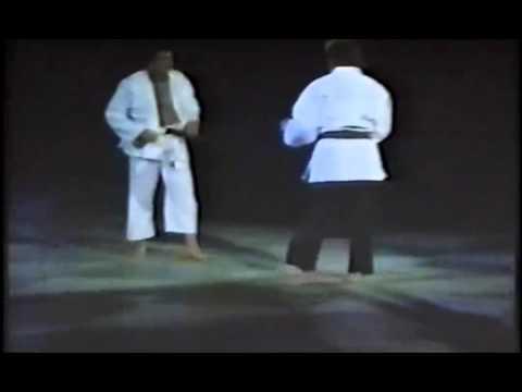 a harcművészet segít a fogyásban)