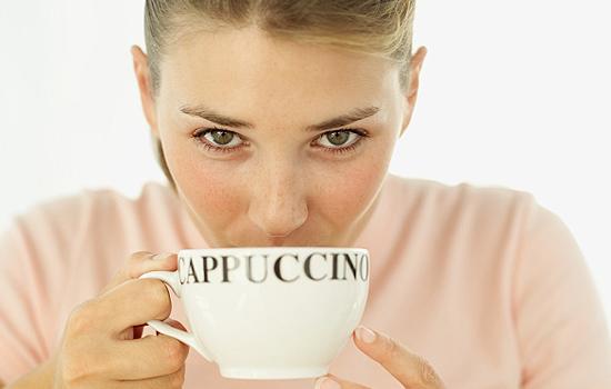 Hogyan segíti a zöld kávéban található klorogénsav a fogyást