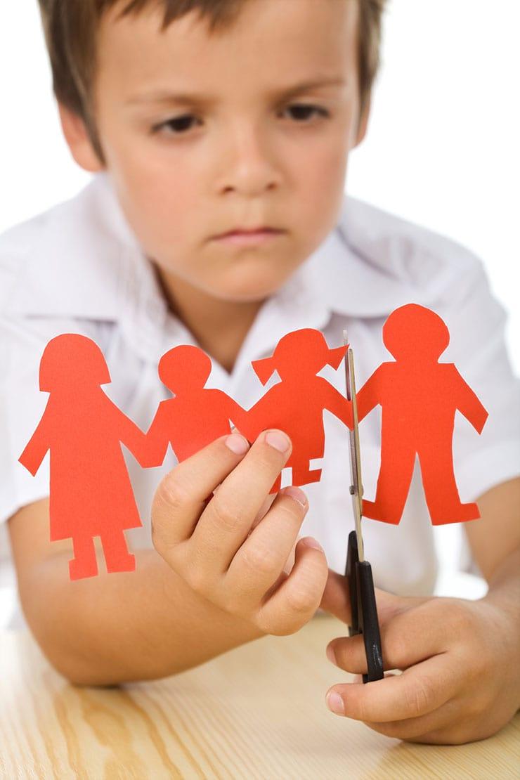az apa elveszíti a szülői jogokat)