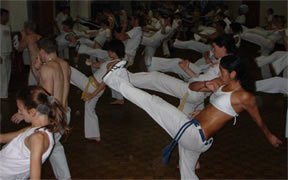 capoeira fogyni)