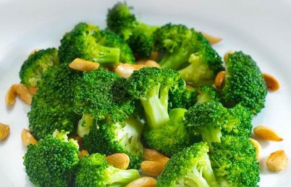 Elképesztő diéta hódít! Így lehet 9 kilót ledobni 3 hét alatt csak vízzel