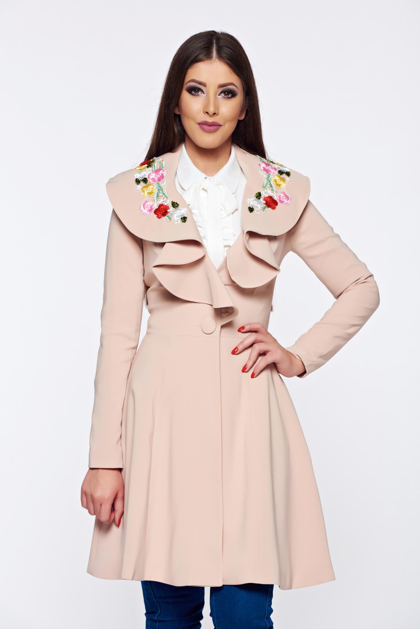 GlitterPinky Blogja: Tavaszi kabátok