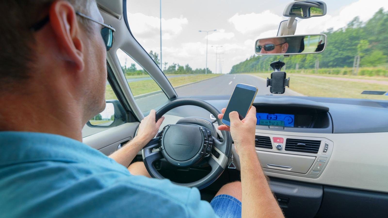 fogyni vezetés közben?)