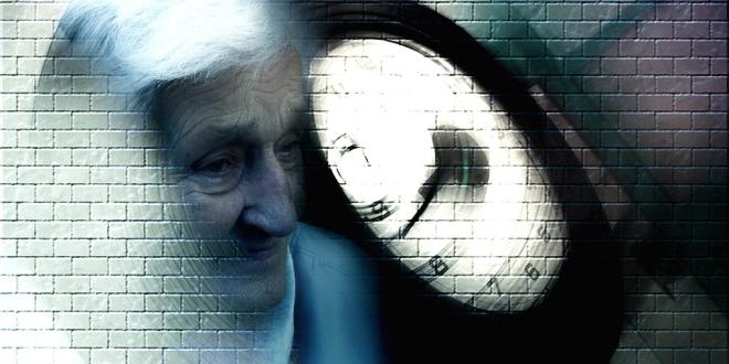 súlycsökkenés az időskor jelezheti a demenciát)