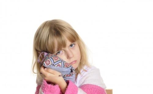 Tünetek és a hallócső diszfunkciójának kezelése